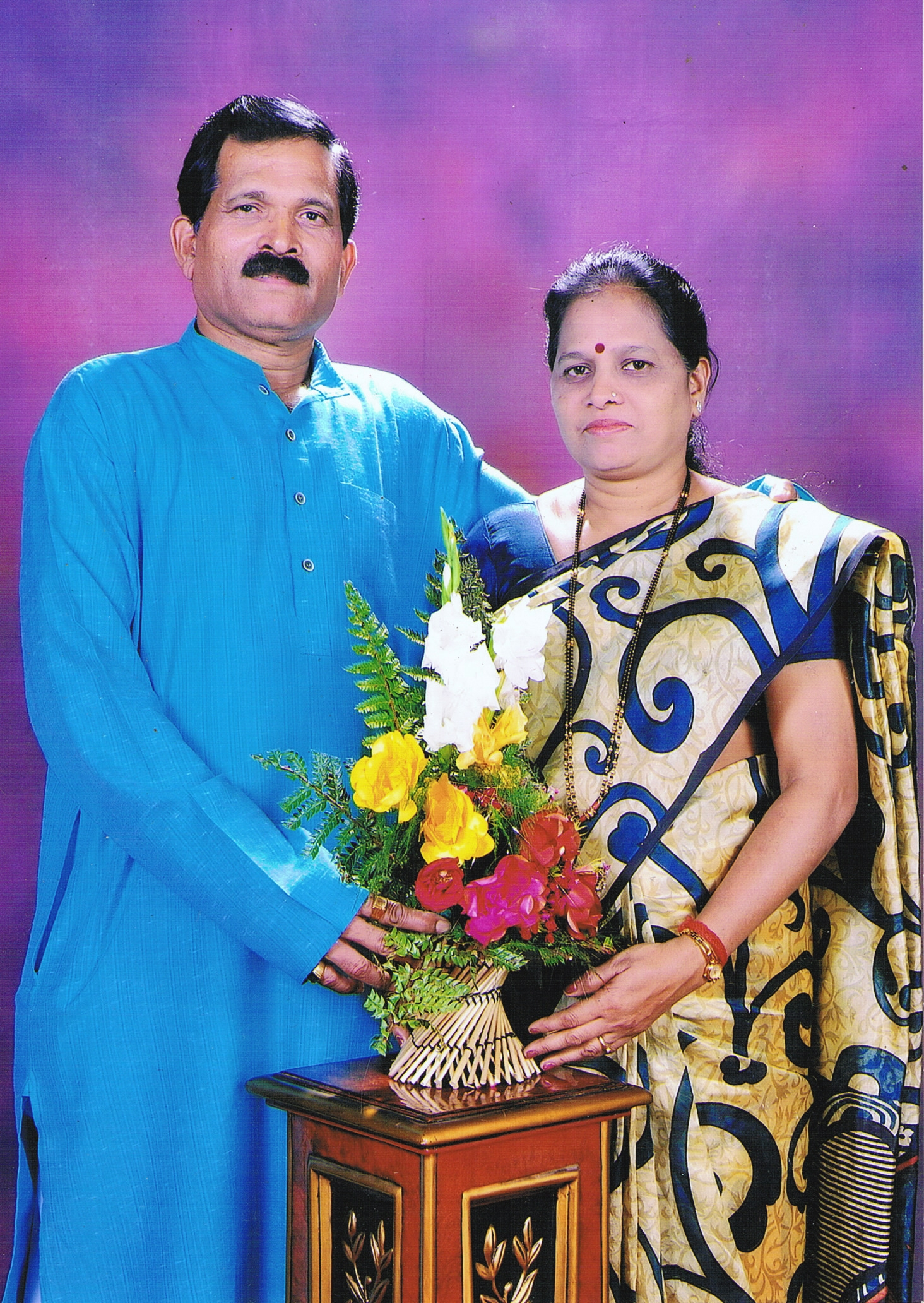 Shripad Naik's Family & Friends